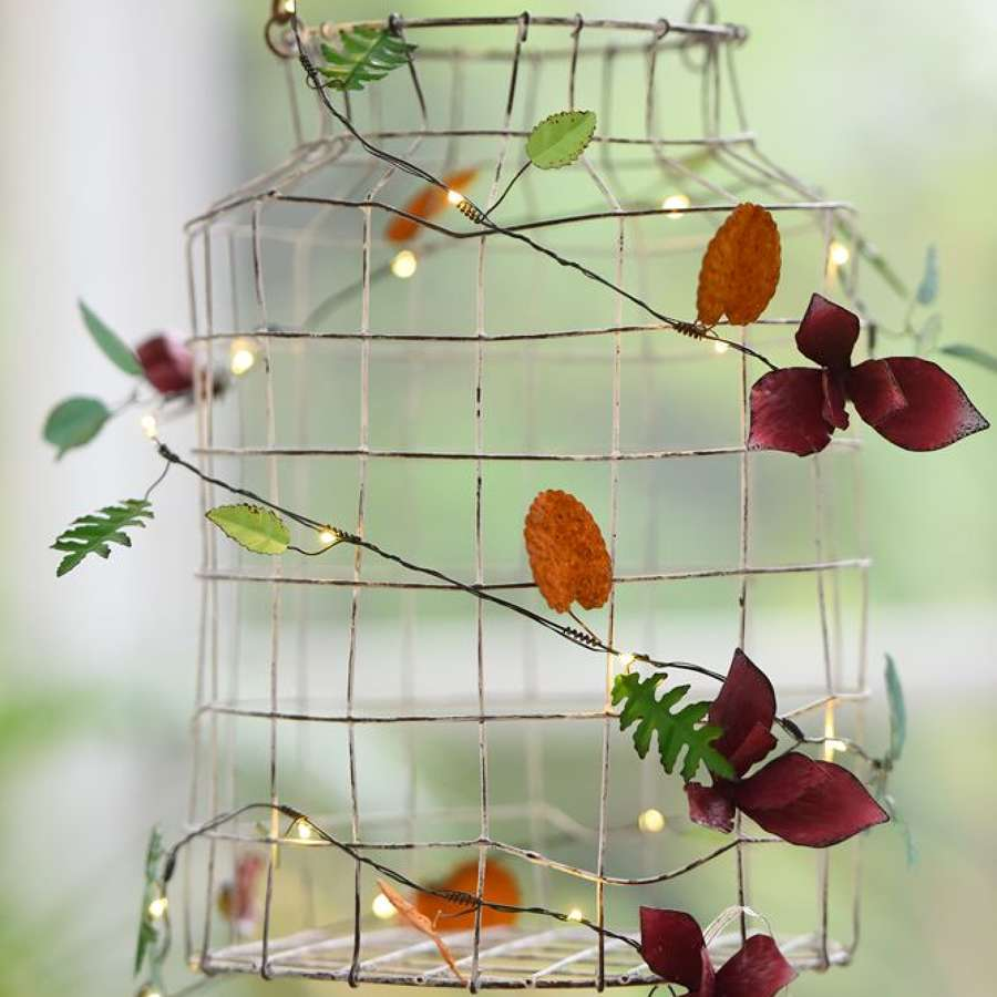 Floral metal light string - battery powered