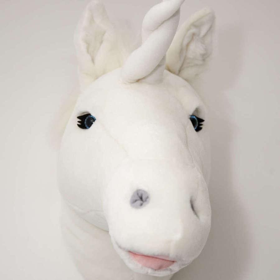 Animal head wall mounts for children's bedroom - unicorn