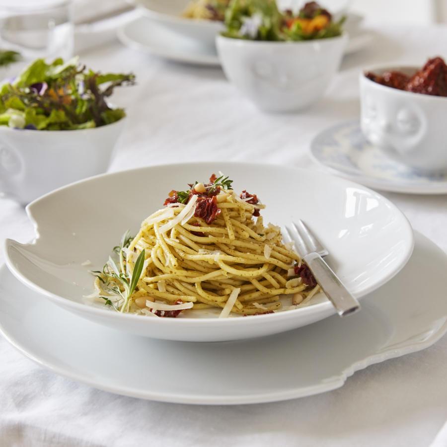 White porcelain 28 cm large dinner plates with bite (2-piece set)