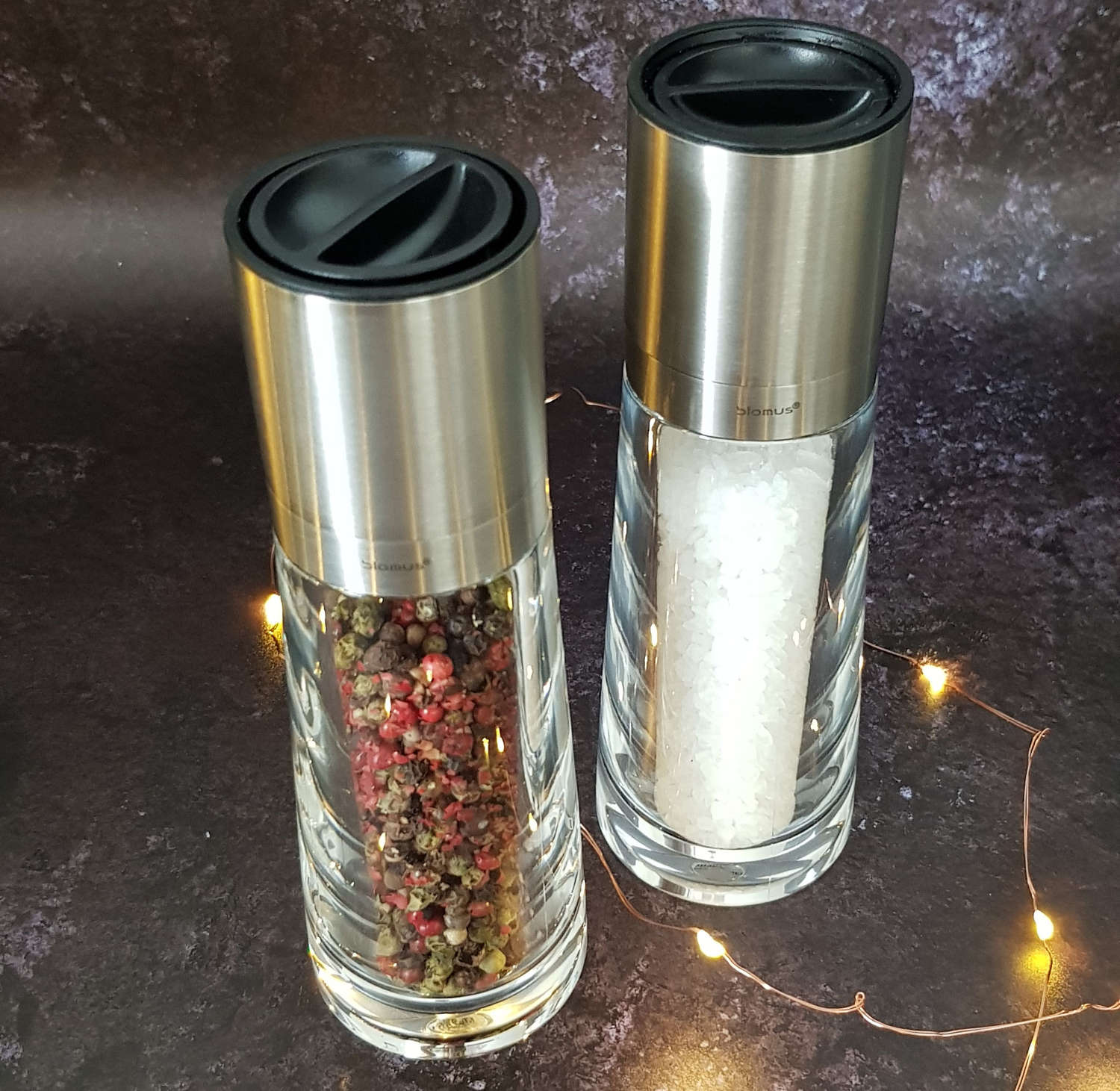 Individual salt / pepper mill - glass and stainless steel