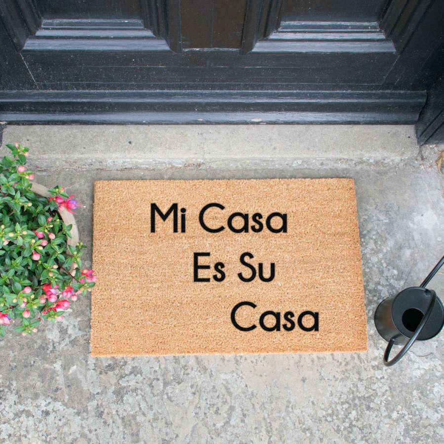 Mi Casa Es Su Casa design standard size doormat