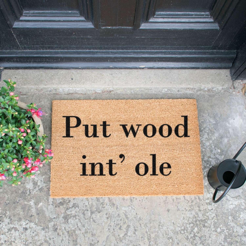 Put wood int' hole design standard doormat
