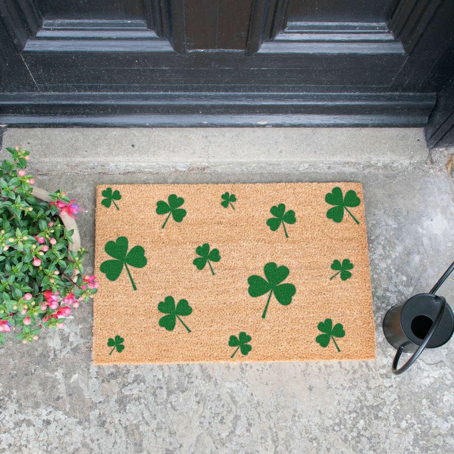 Green shamrock design standard size doormat